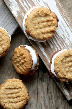 Sarah Bakes Gluten Free Treats: gluten free christmas cookie exchange