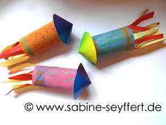 DIY crafts for New Year's Eve: colorful rockets from cinder rolls - Crafts for Teens How To Make Fireworks, Fireworks Craft For Kids, Crafts For Teens To Make, Diy For Teens, Pbs Kids, Easy Paper Crafts, Diy Crafts, Diwali Craft For Children, Fireworks Design