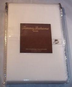 Tommy Bahama Home White Two Standard Pillowcases Tommy Bahama http://www.amazon.com/dp/B00ADV0A4W/ref=cm_sw_r_pi_dp_E9gbub1FS577Z