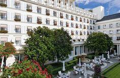 Hotel Deal Checker - Hotel Le Bristol http://www.HotelDealChecker.com