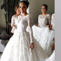 Lace Long Sleeve Muslim Wedding Dress High Quality Luxury Court Train Ball Gown Wedding Dress