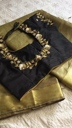 Hand Work Blouse Design, Simple Blouse Designs, Stylish Blouse Design, Fancy Blouse Designs, Designer Blouse Patterns, Bollywood, Zardosi Work Blouse, Saree Blouse, Maggam Works