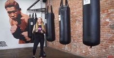This video is about how to punch a punching bag without injuring your wrist. You can injure your wrist throwing any punch but I focus on the right hand, the left hook, the uppercuts and body shots. As beginners it is very common to injure your wrist on the punching bag when you throw punches incorrectly.