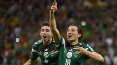 WORLD CUP 2014.  Mexico smacks Croatia, advances to Round of 16 with commanding win