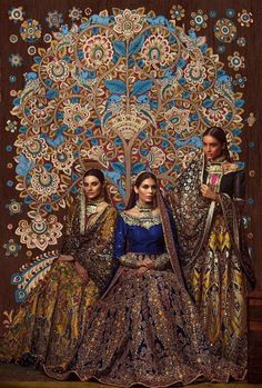 Ali xeeshan 2017 Pakistani bridal gowns n background Pakistani Couture, Pakistani Bridal Dresses, Indian Couture, Indian Dresses, Bridal Gowns, 2017 Bridal, Indian Bridal Fashion, Indian Wedding Outfits, Bridal Outfits