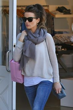Kate Beckinsale Pictures - Kate Beckinsale Shops in Brentwood - Zimbio