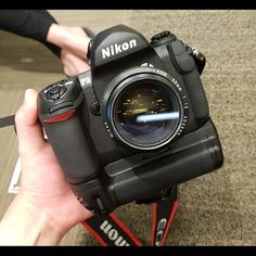 A fast prime lens on the Nikon What lens would you pair with this camera? 📸 Shop this camera! Camera Hacks, Camera Gear, Camera Tips, Nikon F6, Nikon Cameras, Nikon D500, Kodak Camera, Slr Camera, Photography Camera