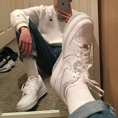 are one of the great components to an amazing outfits casual outfits moda masculina outfits hipster outfits ideas outfits with boots Mode Outfits, Retro Outfits, Vintage Outfits, Dress Outfits, Fall Outfits, Sneaker Outfits, Look 80s, Nike Air Force 1 Outfit, Nike Air Force Men
