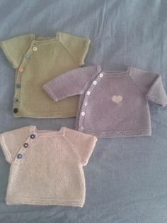 Ravelry: KNITTED Puerperium Cardigan by Kelly Brooker. Really sweet little pattern