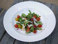 Experimente aus meiner Küche: Sommersalat mit Früchten