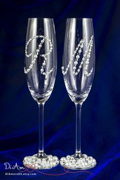 Personalized Wedding Champagne Flutes, Wedding Glasses for Bride and Groom, Glam Wedding Decor, Champagne Glasses, Engraved Champagne Flutes Engraved Champagne Flutes, Flute Champagne, Wedding Toasting Glasses, Wedding Flutes, Champagne Glasses, Wedding Ceremony, Toasting Flutes, Wedding Set, Wedding Decor