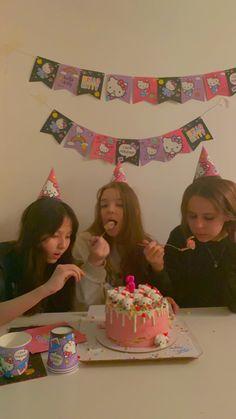 Birthday Goals, 14th Birthday, Happy Birthday, Cute Friend Pictures, Bday Girl, Its My Bday, Cute Friends, Birthday Pictures, Birthdays