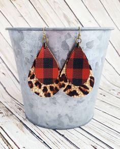 Buffalo Plaid Earrings Cheetah Leather Earrings Layered Leather Earrings Red and Black Earrings Leopard Earrings Statement Earrings DIY Jewelry Diy Leather Earrings, Black Earrings, Diy Earrings, Leather Jewelry, Leather Craft, Statement Earrings, Earring Crafts, Jewelry Crafts, Jewelry Ideas