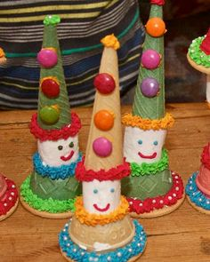 Crafts by Danika: Modepoppies en Hansworse 1st Birthday Parties, Birthday Ideas, Birthday Cake, Edible Crafts, Food Art, Fun Food, Tea Party, Gingerbread, Diy And Crafts