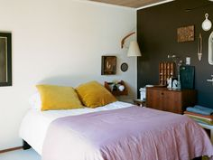 Leslie Williamson at Home in SF by Brian Ferry | Remodelista