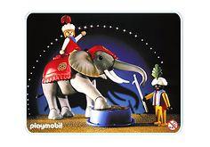 Großer Zirkus-Elefant