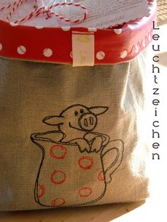 """""""Little Lucky Pigs"""" Collecton, www.AnjaRiegerDesign, here: http://www.anjariegerdesign.com/embroidery-designs/pigs.html #anja #embroidery #embroiderydesigns #crafts"""