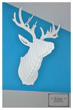 *Trophée Tête de Cerf Blanc en Plexiglas 3mm* : Décorations murales par hjort