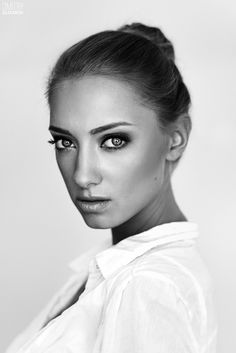 Anna Ioannova by Dmitry Elizarov on 500px