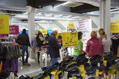 Em um ponto de venda (PDV) é essencial criar estímulos de compra nos potenciais clientes, estes estímulos são provocados através da atmosf...