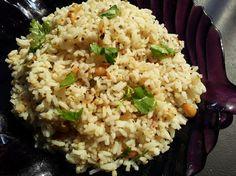 Gooseberry rice/Nellikkai Rice – Lunch box alternative    http://foodbetterbegood.blogspot.com/2013/03/gooseberry-ricenellikkai-rice-lunch-box.html#
