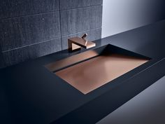 AXOR MyEdition Allows You to Change the Look of Your Faucet – Design Milk - Zimmereinrichtung Modern Bathroom Design, Bath Design, Bathroom Interior Design, Bathroom Red, Bathroom Faucets, Small Bathroom, Toilet Storage, Bathroom Storage, Toilette Design