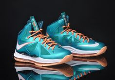 check out 688fc 147b8 Nike LeBron 10