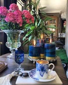 Coffee Service, Tea Service, Coffee Is Life, Coffee Love, Good Night Friends, Turkish Coffee Cups, Beautiful Table Settings, Perfect Cup, Afternoon Tea