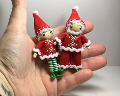 Santa and Mrs Claus bendy dolls (or ornaments) handmade by www.pntdolls.com