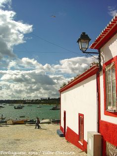 Alvor #Algarve typical house - Portugal via Portuguese_eyes