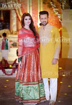 Let's see the latest clicks of Pakistani singer Atif Aslam with his wife at a family wedding. Pakistani Wedding Dresses, Pakistani Bridal, Bridal Dresses, Stylish Couple, Stylish Girl, Atif Aslam Wife, Celebrity Couples, Celebrity Style, Mehndi Outfit