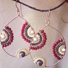 Inspiring Reasons I Love Jewelry Ideas. Intoxicating Reasons I Love Jewelry Ideas. Wire Wrapped Jewelry, Wire Jewelry, Jewelry Crafts, Beaded Jewelry, Handmade Jewelry, Pandora Jewelry, Beaded Tassel Earrings, Beaded Earrings, Beaded Chandelier