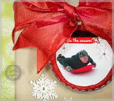 Christmas ornament using an old photo of a family member in a super jumbo bottle cap