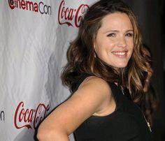 ¿Cómo es la actriz Jennifer Garner en su papel más 'canalla'? #actrices #actress #people #cine #celebrities