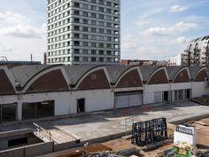 Verbouwing van een voormalige fabriekscomplex in het paleiskwartier te Den Bosch waarin het Stedelijk museum tijdelijk was gehuisvest. Deze Verbouwing en renovatie tot markthal met streekproducten voor het project.  #VanHeinde