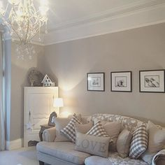 Neutral beige and white cottage living room home design ideas and inspiration