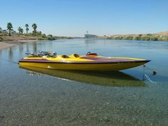 jet boats on lake havasu Wooden Speed Boats, Wooden Boats, Fast Boats, Cool Boats, Jet Boats For Sale, Smoke On The Water, Ski Boats, Vintage Boats, Yacht Boat