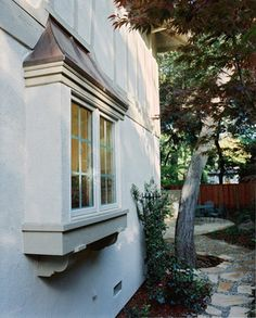 Kitchen Window - Traditional - Exterior - San Francisco - by Merz & Thomas Design/Builders Bay Window Exterior, Exterior Trim, Exterior Colors, Kitchen Garden Window, Garden Windows, Bay Windows, Kitchen Windows, Roof Design, House Design