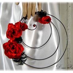 Résultats Google Recherche d'images correspondant à http://galerie.alittlemarket.com/galerie/product/50764/autres-accessoires-bouquet-de-mariee-rouge-et-noir-or-10618245-bouquet-rond-denoir-cf9ef_236x236.jpg