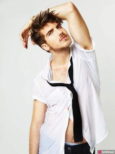 joey-graceffa-wet-shirtless-763x1024.jpg (763×1024)
