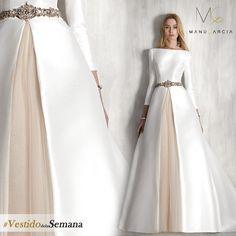 #ModeloMito #Vestidodelasemana #ManuGarcia #Estilo #Boda #Novia #HechoenEspaña #Bride