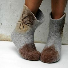 Felted booties for women - boiled wool snow shoes for winter- Felted boots Sand Sun Flowers for women handmade snow by jurgaZa Felt Booties, Felt Shoes, Nuno Felting, Needle Felting, Felted Slippers, Felting Tutorials, Handmade Felt, Winter Shoes, Felt Crafts