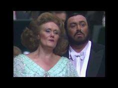 Dame Joan Sutherland and Luciano Pavarotti - 'Parigi, o cara' Verdi's La traviata - YouTube