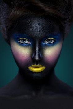 Artistic make-up http://vietpages.com.vn/1/3668/Trang-Diem-Co-Dau-Dep.aspx
