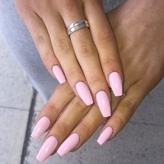 How to choose your fake nails? - My Nails Light Pink Acrylic Nails, Pastel Pink Nails, Pink Gel Nails, Acrylic Nails Coffin Short, Aycrlic Nails, Best Acrylic Nails, Color Nails, Baby Pink Acrylics, Nice Nail Colors