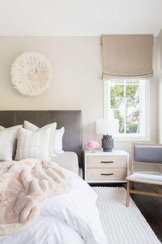 Neutral glam bedroom: http://www.stylemepretty.com/living/2016/10/10/10-bedrooms-that-mix-his-her-styles-seamlessly/ Photography: Alyssa Rosenheck - http://alyssarosenheck.com/