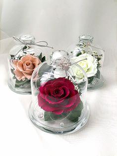 Живая неувядающая Роза под стеклом !!!! Оригинальный подарок !!!! Сохранит свой вид несколько лет! Не требует специального ухода и полива !!!