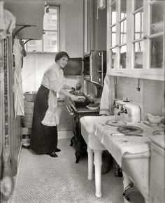 The Evolution of Kitchens in 23 Photos - Old Photo Archive - Vintage Photos and Historical Photos
