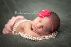 newborn girl session photography
