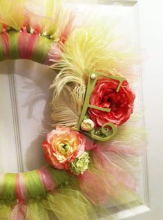 tulle wreath - Ok... perfect for daughter's room?